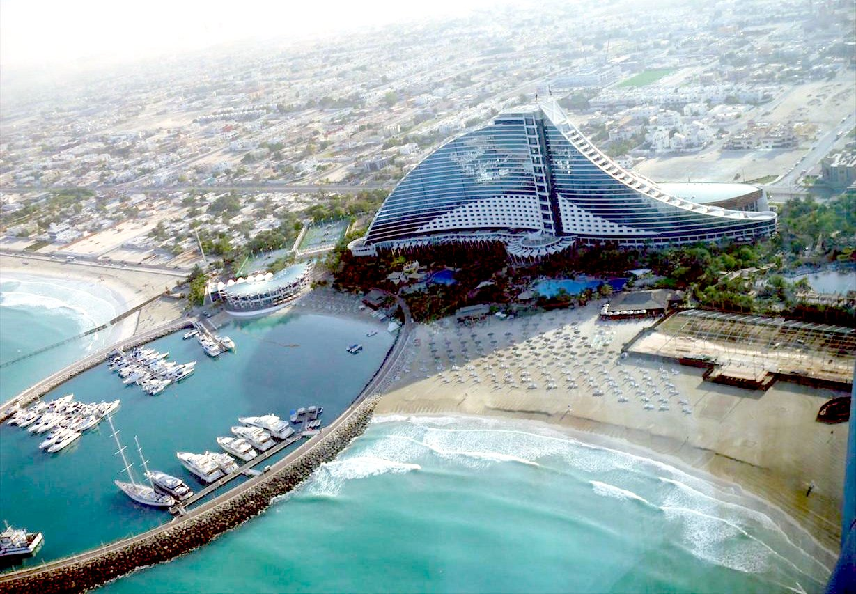 jumeirah-beach-hotel-dubai-united-arab-emirates